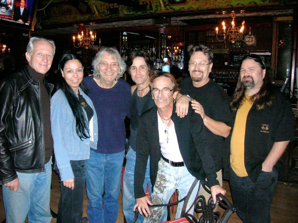 Malibugroup Johnny V and The Night Visitors. Photo by Arlic Dromgoole